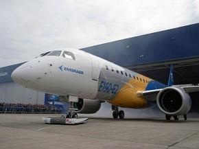 air-journal_Embraer E190-E2 rolloutb