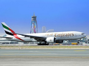 air-journal_Emirates-777-200LR sol
