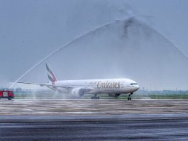 air-journal_Emirates 777-300ER canon eau