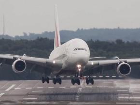 air-journal_Emirates A380 atterrissage