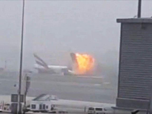 air-journal_Emirates Dubai crash explosion