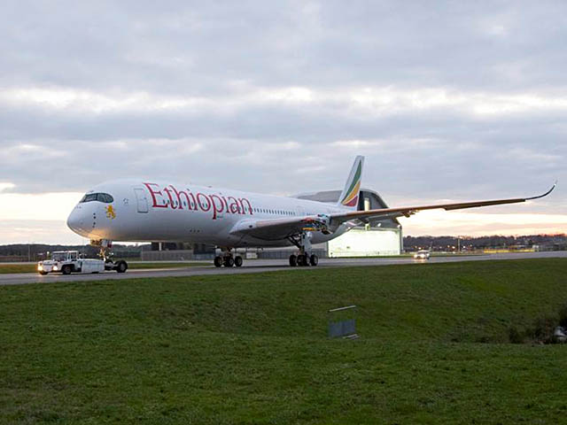 air-journal_Ethiopian Airlines A350-900 paint2