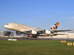 air-journal_Etihad A380 takeoff