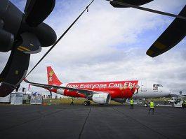 air-journal_Farnborough AirAsia A320