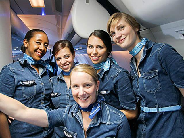 French Blue Recrute 50 Hotesses De L Air Et Stewards Air Journal