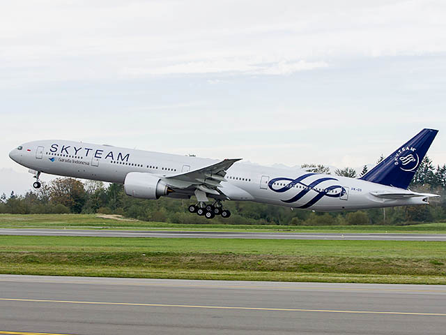 air-journal_Garuda-Indonesia-777-300ER-SkyTeam