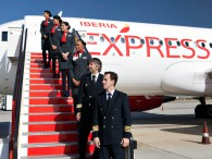 air-journal_Iberia Express crew