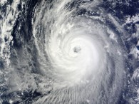 air-journal_Japon typhon phanfone@NASA