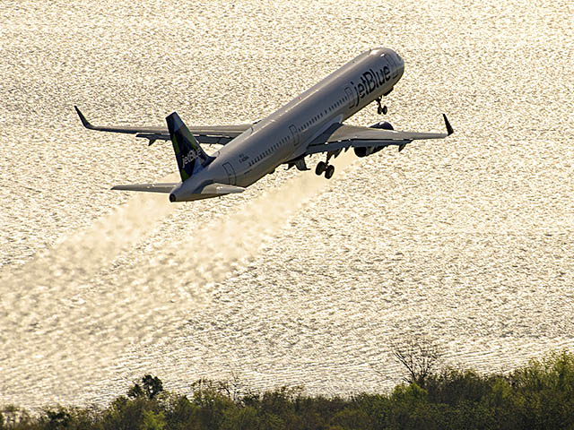 air-journal_JetBlue-A321-1st-Alabama_2