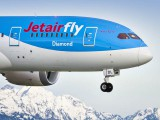air-journal_Jetairfly_787-8-close