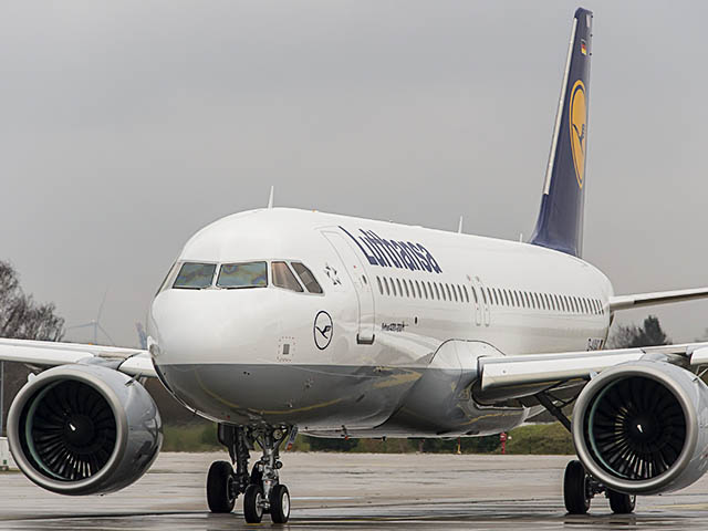 air-journal_Lufthansa-2e-A320neo-taxi
