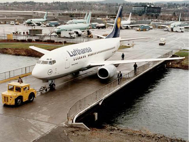 air-journal_Lufthansa 737-500 2000e