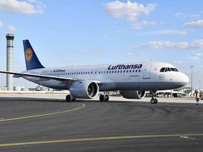 air-journal_Lufthansa A320neo CDG sol