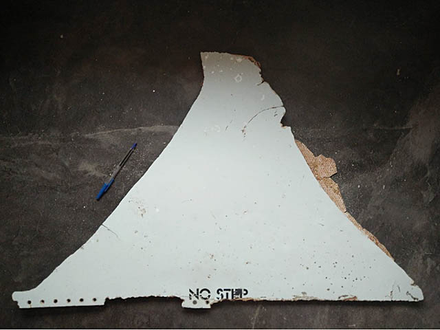 air-journal_MH370 Malaysia Airlines debris mozambique@ATSB