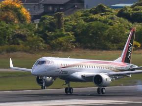 air-journal_Mitsubishi MRJ90-first-flight