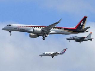air-journal_Mitsubishi MRJ90-first-flight2