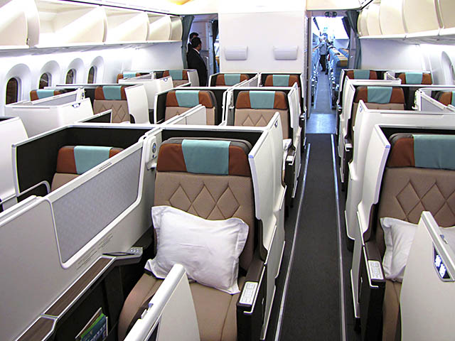 air-journal_Oman Air 787-8 Affaires1