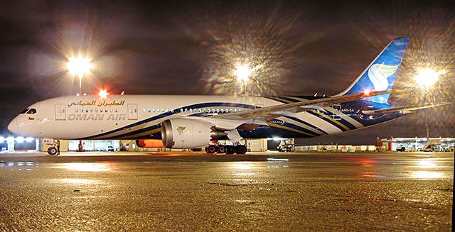 air-journal_Oman Air 787-8 Paris 1
