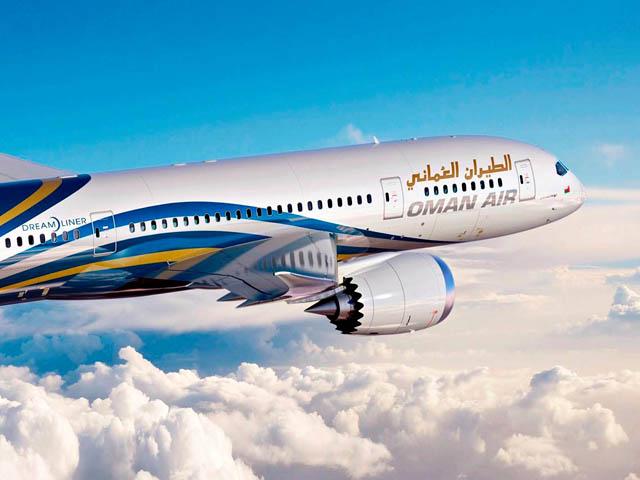 air-journal_Oman Air 787 close