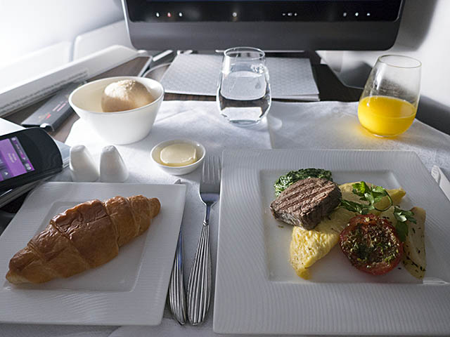 air-journal_Qatar A380 CDG BKK Affaires25©Olivier Nilsson