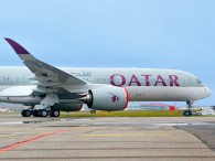 air-journal_Qatar Airways_A350-900_ROLL_OUT_close