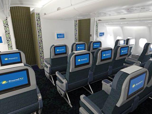 air-journal_RwandAir A330 Premium