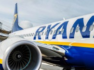 air-journal_Ryanair-737-800-sol