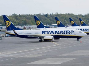 air-journal_Ryanair avions sol