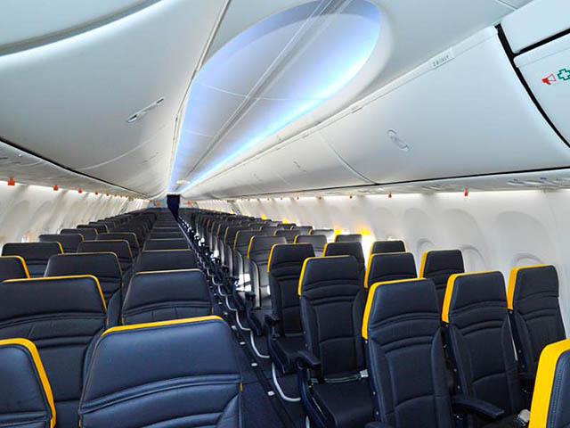 Ryanair premier aper u de la future cabine air journal for Interieur 737