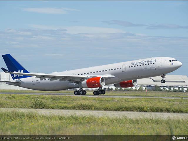 SAS ! SK ! SAS - Page 2 Air-journal_SAS-Scandinavian-A330-300-takeoff2018