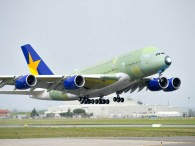 air-journal_Skymark_A380_take_off_maiden_flight