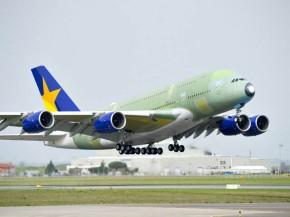air-journal_Skymark_A380_take_off_maiden_flight