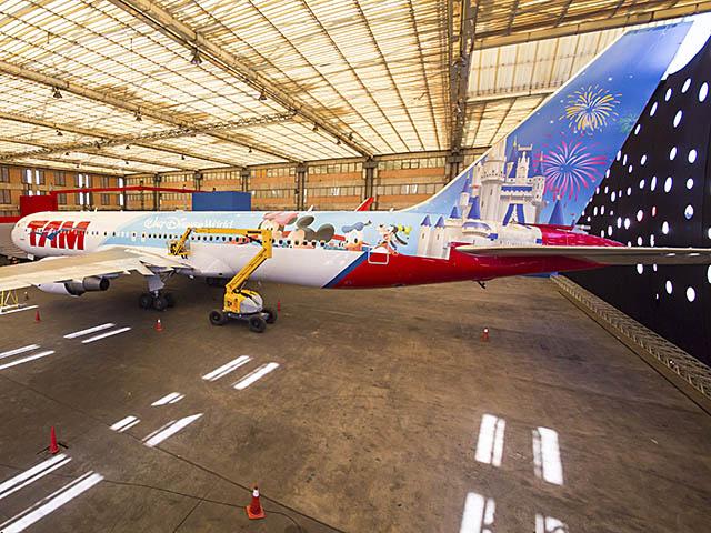 air-journal_TAM Airlines 767-300ER Disney (1)