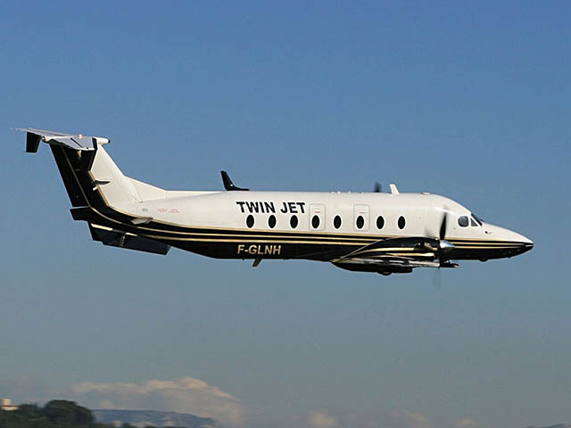 twin jet va relier marseille toulouse air journal. Black Bedroom Furniture Sets. Home Design Ideas