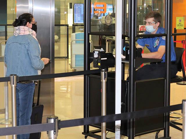 Estados Unidos amplía los cierres fronterizos para viajeros internacionales 1 Air Journal