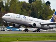 air-journal_United 737-900ER 8000e takeoff