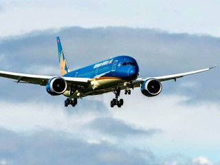 air-journal_Vietnam Airlines 787-9 1st flight2