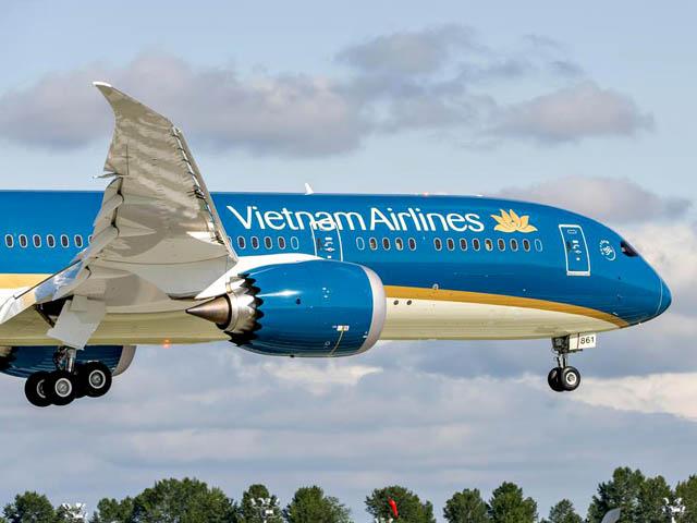 air-journal_Vietnam Airlines 787-9 first flight closeup