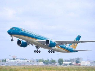 air-journal_Vietnam_Airlines_A350-900_First_flight2