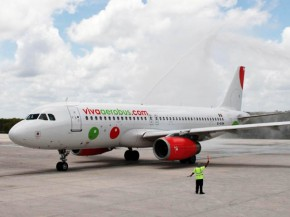 air-journal_VivaAerobus_A320 arrivee