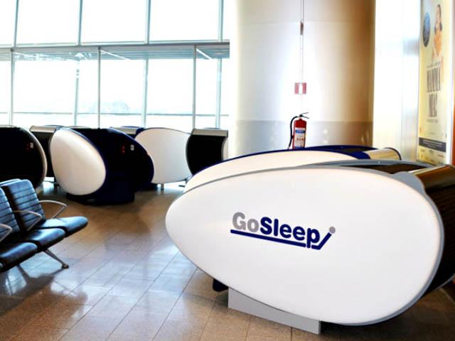 A roport d helsinki des pods gosleep pour dormir for Dormir dans le salon
