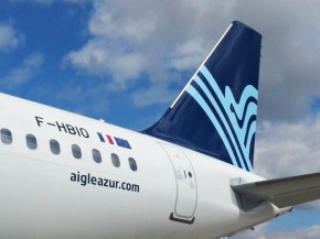 air-journal_aigle azur A320 new tail