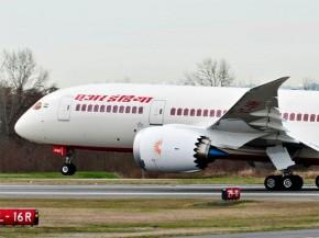 air-journal_air india 787 close
