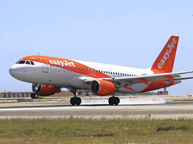 Trafic easyjet 2 9 en novembre air journal for Interieur avion easyjet