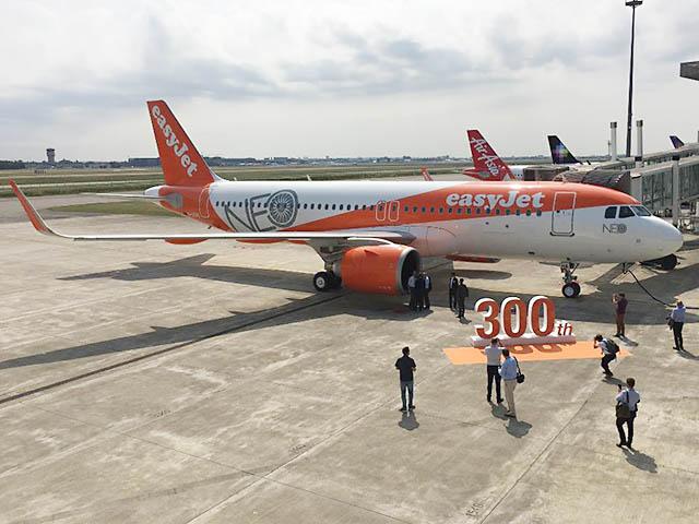 Premier airbus a320neo pour easyjet photos vid os air for Interieur avion easyjet