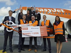 easyjet inaugure le lyon stockholm air journal. Black Bedroom Furniture Sets. Home Design Ideas