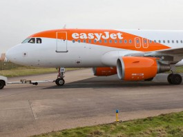 air-journal_easyJet new look3