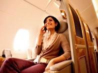 air-journal_emirates A380 phone