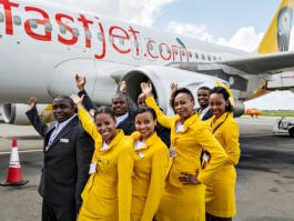 air-journal_fastjet hotesses