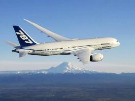 aj_Boeing 787 ZA004 Mont Rainier